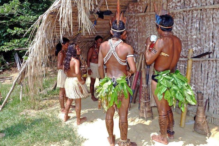 amazon-indians-69589_1280